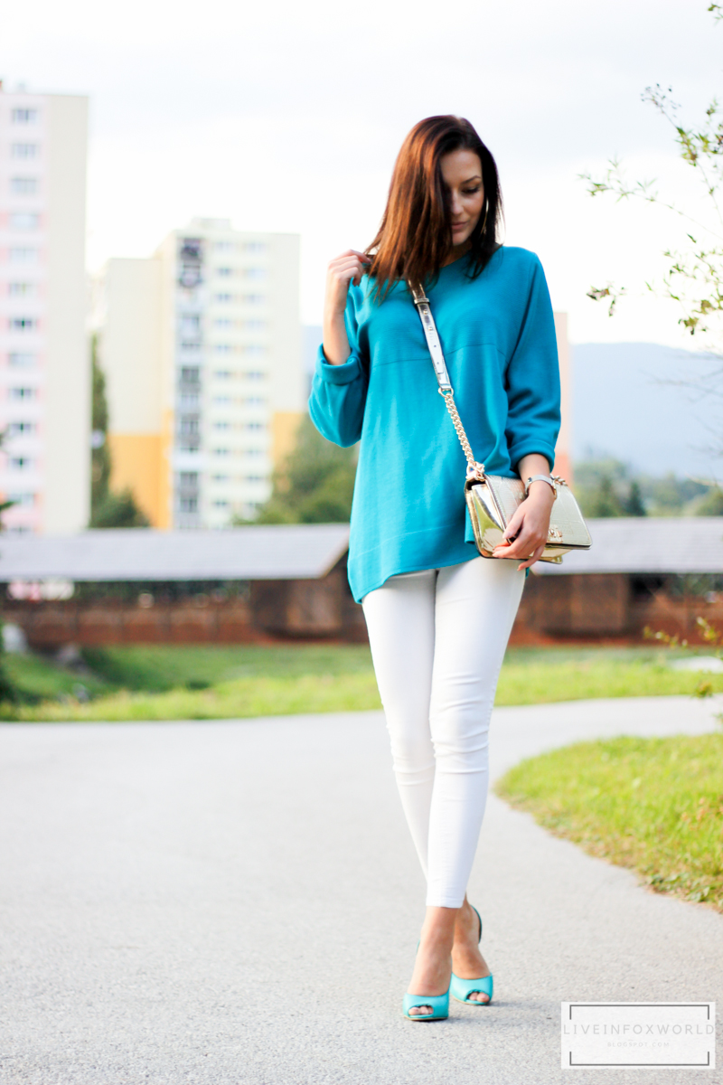 turquoise sweater