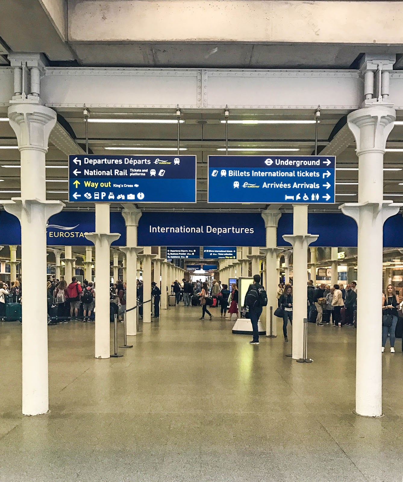 St Pancras Eurostar departure gate