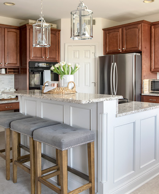 How to add a bar top to a basic island