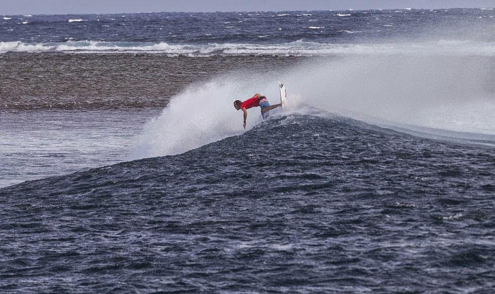 Fiji Pro 2014 Ronda 1 Foto ASP Kirstin Scholtz Jordy Smith