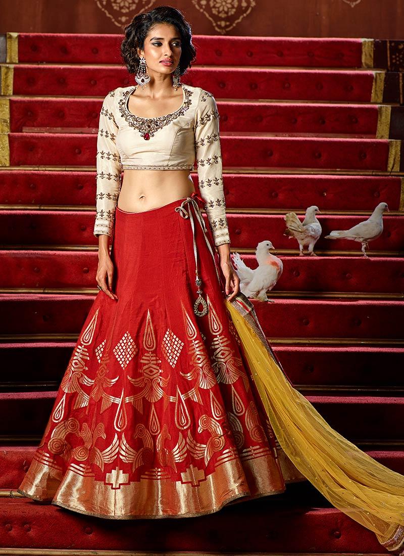 designer indian bridal lehenga saree fashion trends for