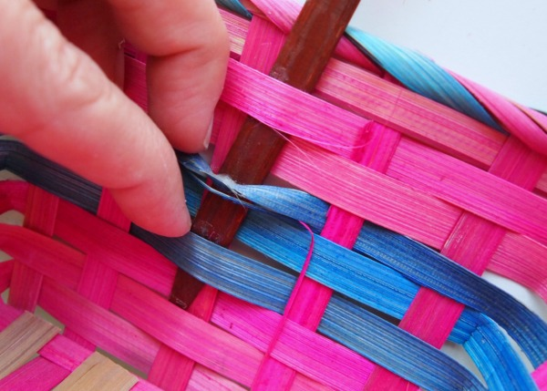 How to remove the obnoxiously long handles from Easter baskets so you can really craft with them!