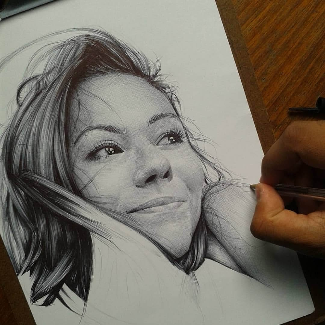09-Remembering-Good-Memories-Gabriel-Vinícius-Ballpoint-Pen-Portraits-with-very-Different-Expressions-www-designstack-co
