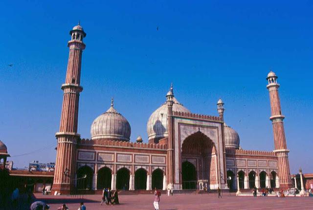 9 Fakta Menarik Tentang Masjid Jama Salah satu Masjid terbesar di India
