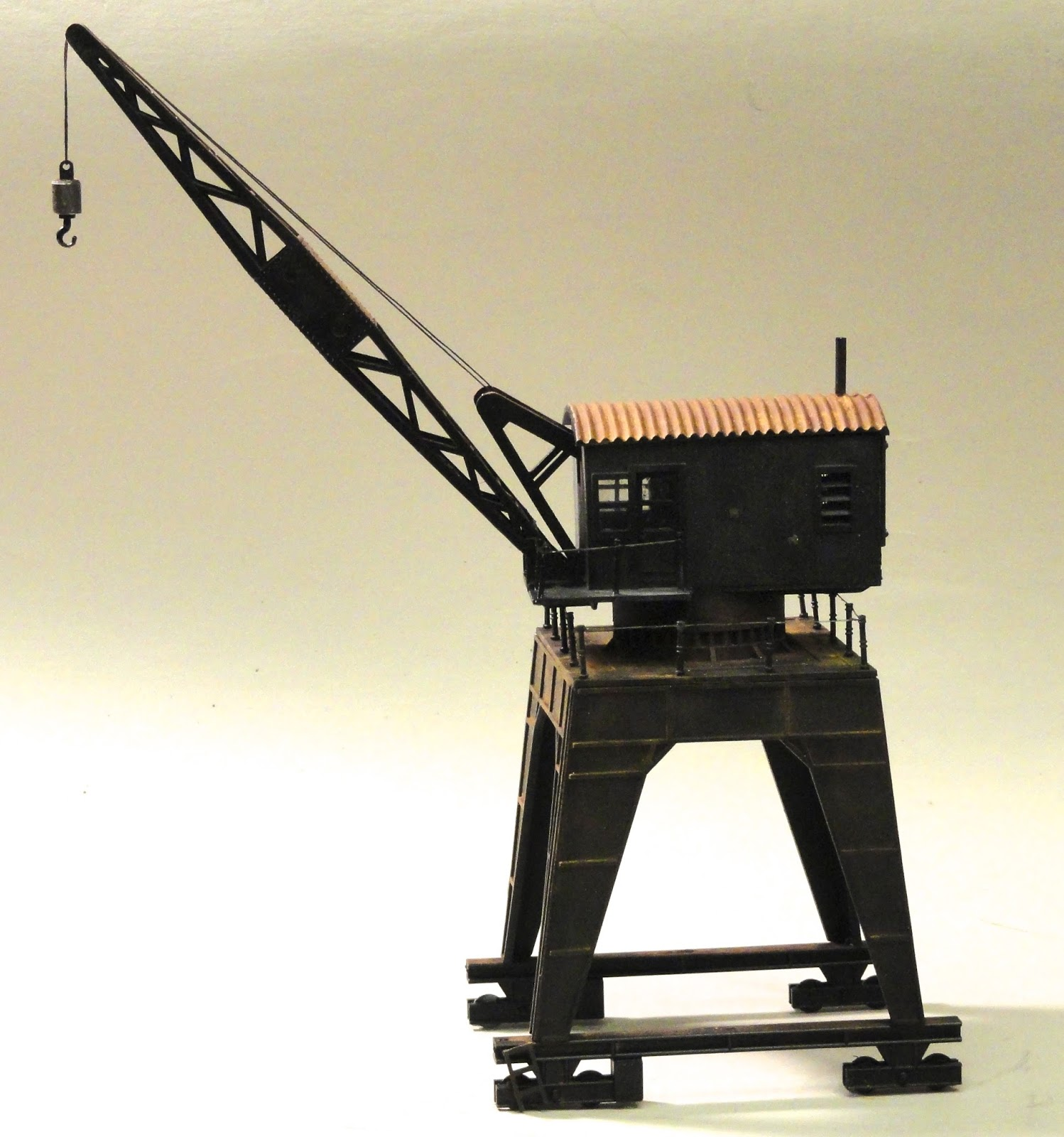 how to make a working model of electromagnetic crane