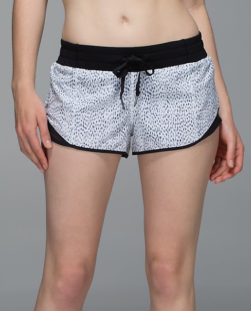 lululemon-hotty-hot-short