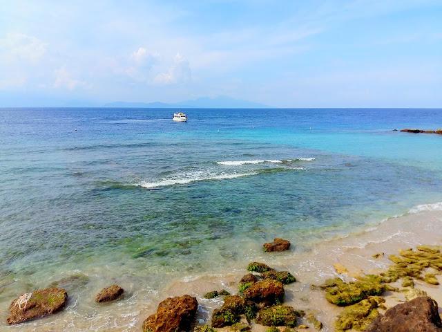 причал острова Нуса Пенида . Индонезия