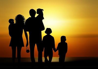 Escuela-Taller de Padres y Madres