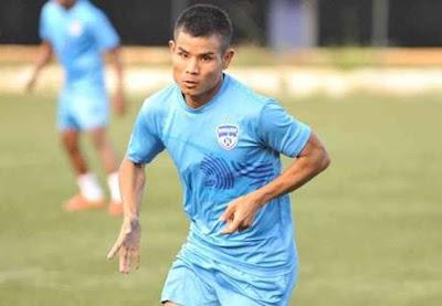 Mumbai FC sign Thoi Singh