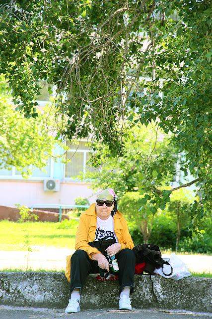 Ganova Ludmila Summer 2018 foto in park