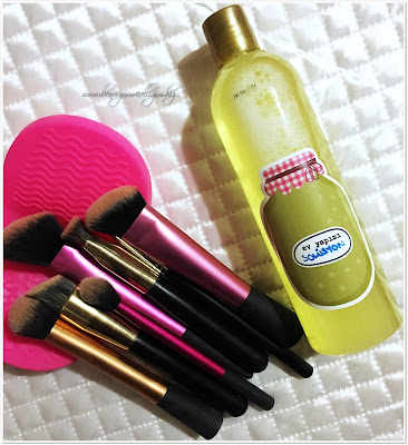 ev-yapimi-firca-temizleme-solüsyonu-makeup-brush-solution