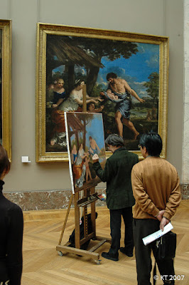 Musée du Louvre - Pienennös tekeillä