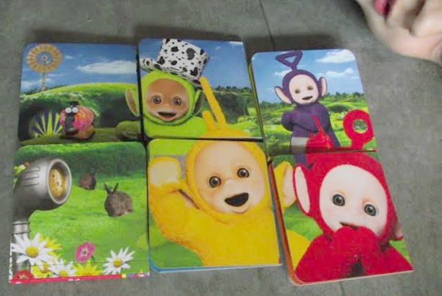 Teletubbies books put together to make a bigger image