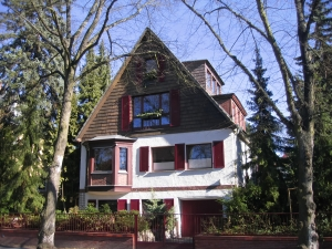 Want More Frugal? Try Renting Your Home: A Guest Post | Femme Frugality