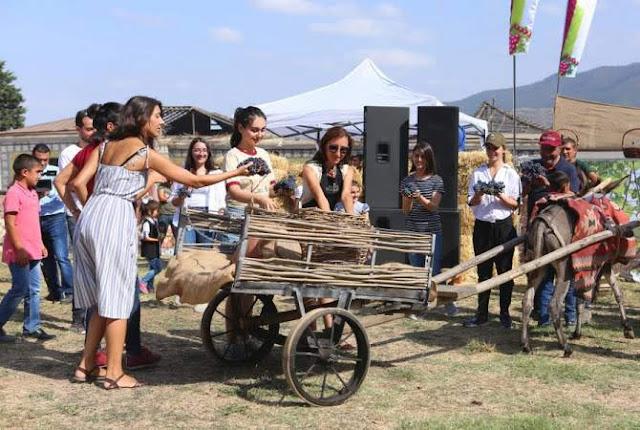 Quinto Festival del Vino celebrado en el pueblo Togh de Artsaj