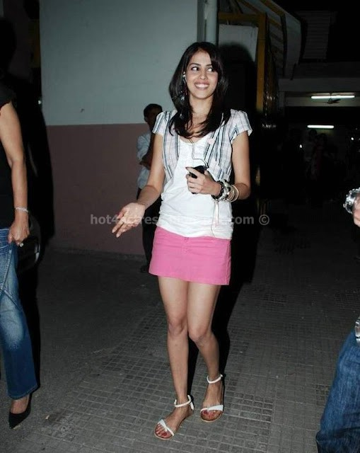 Genelia latest hot photos
