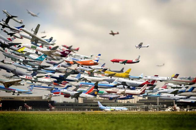 StrikingartistryofmultipletakeoffsatHannoverAirport Imgur