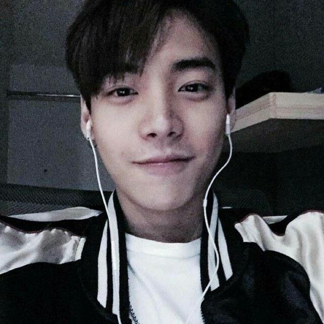 Update Trainee Visuals: I (Yg) Vs Taeyong (Sm) - Korean Pop Lovers