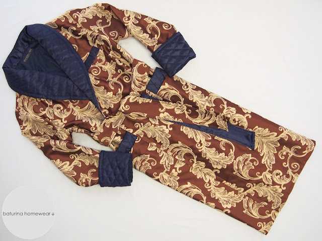 mens warm quilted silk dressing gown paisley floral navy blue red warm smoking jacket robe 19th 20th century vintage style