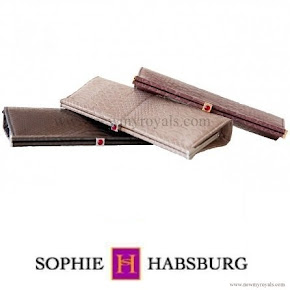 Countess Sophie carries Sophie Habsburg Amber clutch