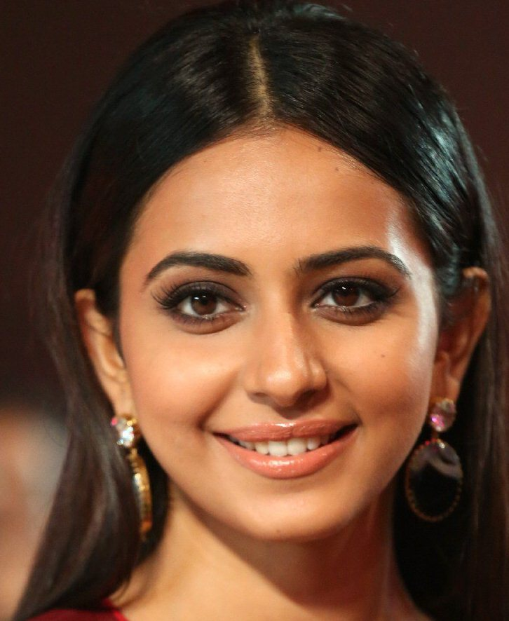 Telugu Actress Rakul Preet Singh Oily Face Close Up Photos