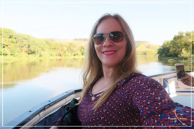 Passeio de balsa pelo rio onde foi encontrada a imagem de Nossa Senhora Aparecida!