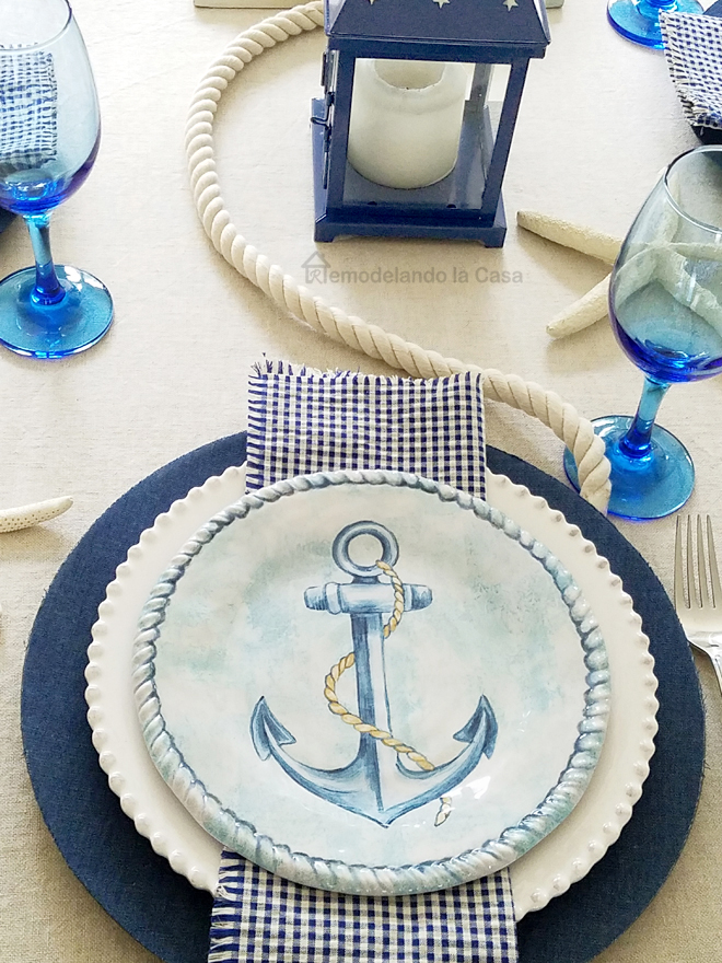 The coastal theme started with the salad plates I found a couple of months ago at Wegmans I love the anchor and the rope border. & Blue and White Coastal Tablescape - Remodelando la Casa