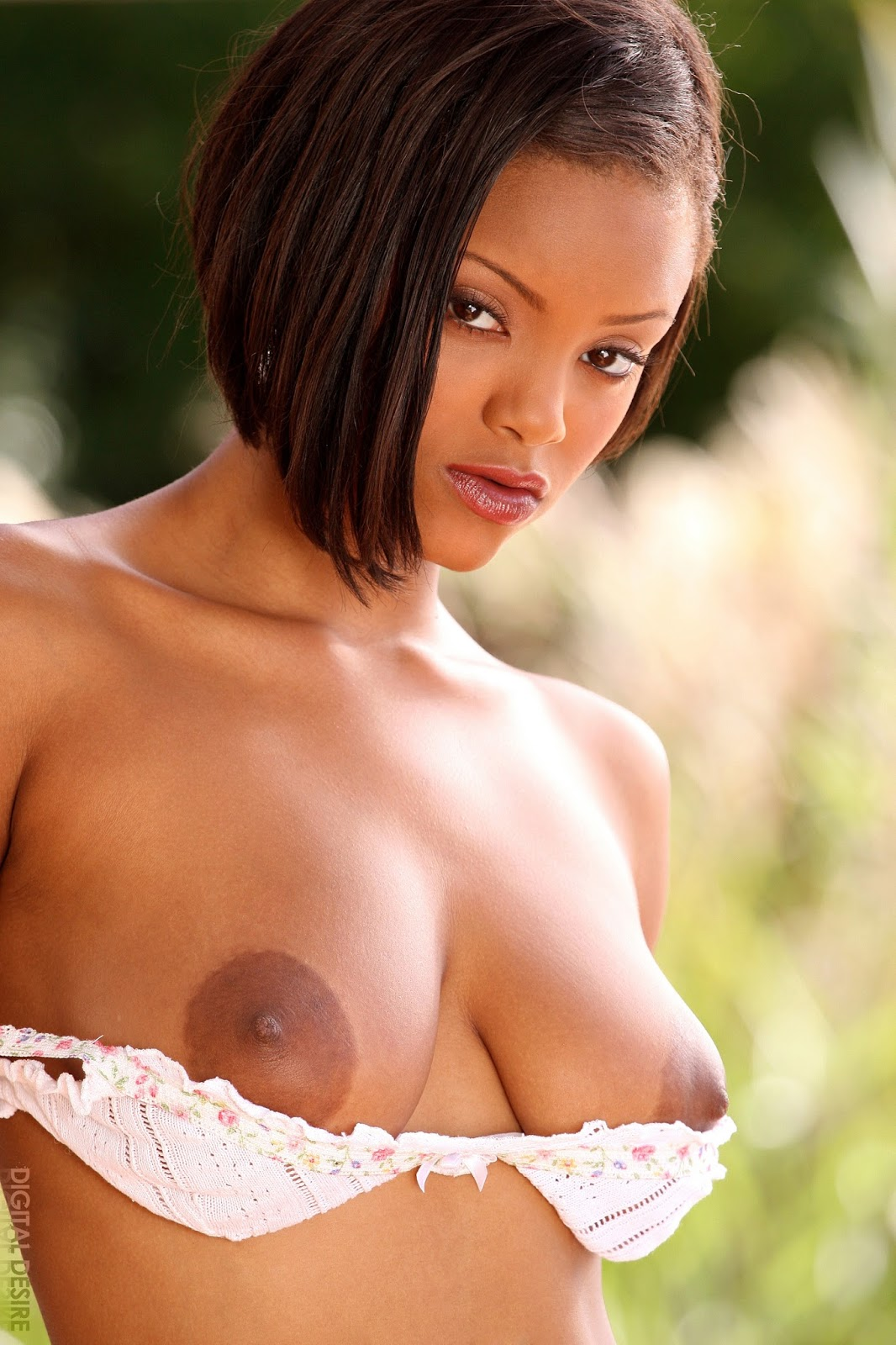 Boobs Julianne Britton nudes (77 foto and video), Sexy, Is a cute, Boobs, cleavage 2020