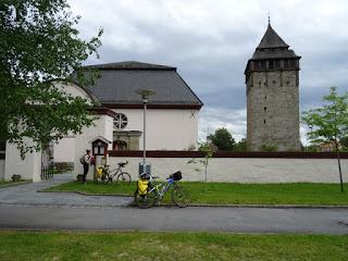 Torre e iglesia de Brunflo