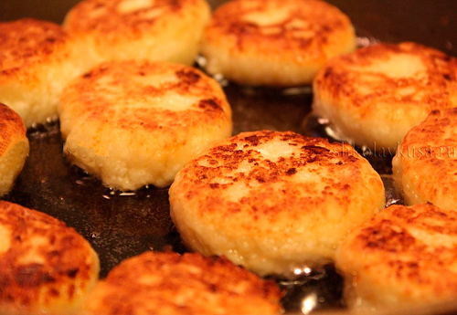 Сырники из творога: лучшие рецепты.
