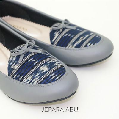 Sepatu Etnik - Jepara Abu