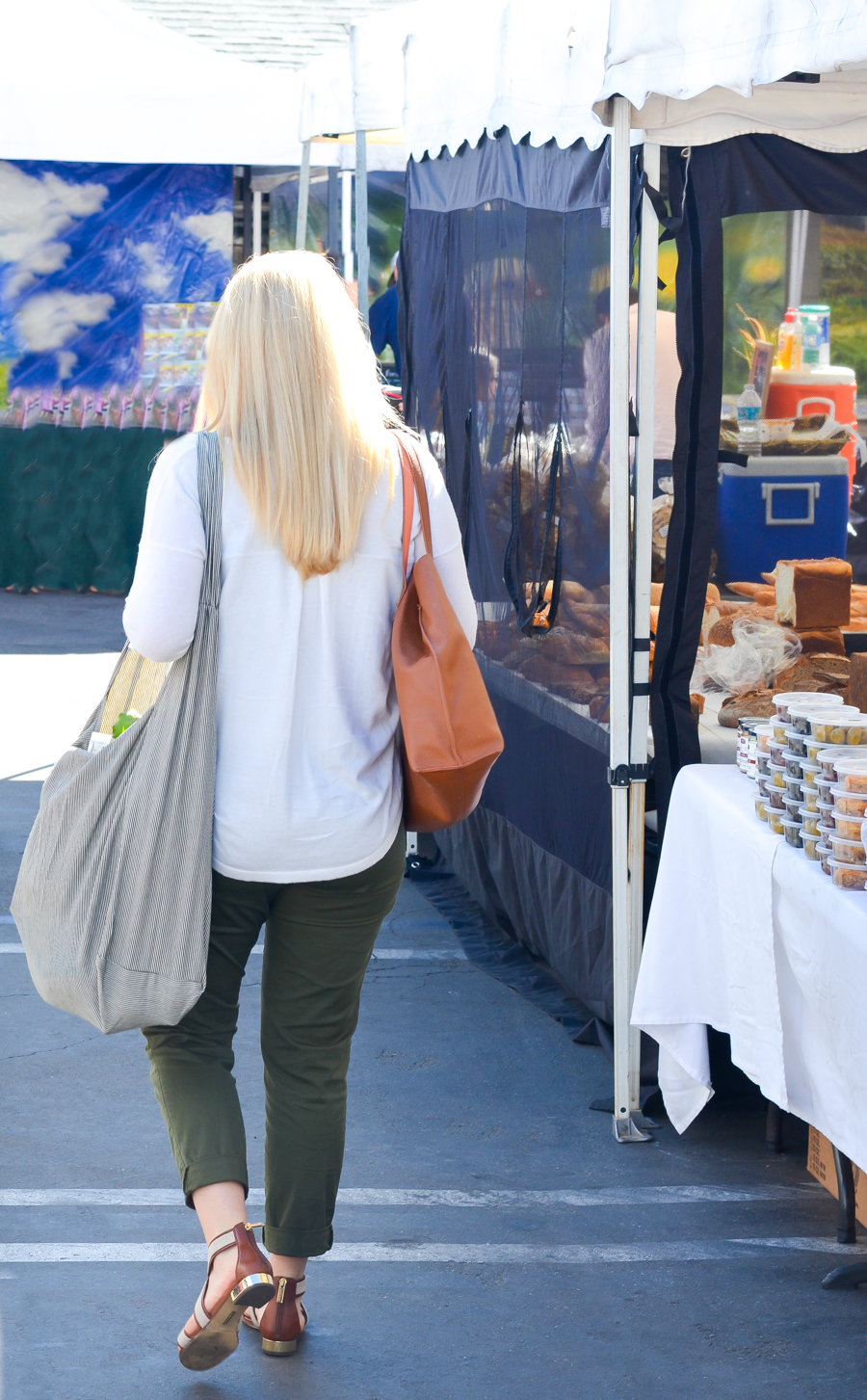 Great Farmers' Market in LA | Things to Do for Free in LA | Calabasas Farmers' Market Photos + Review | Luci's Morsels :: LA Travel Lifestyle Blogger