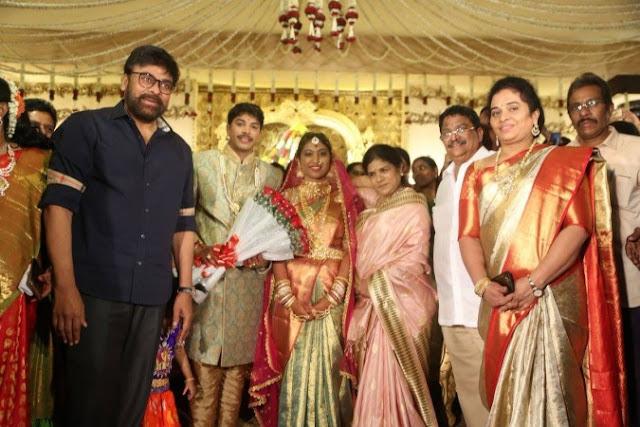 1520571465_chiranjeevi-his-wife-sureka-c-kalyans-son-tejas-wedding