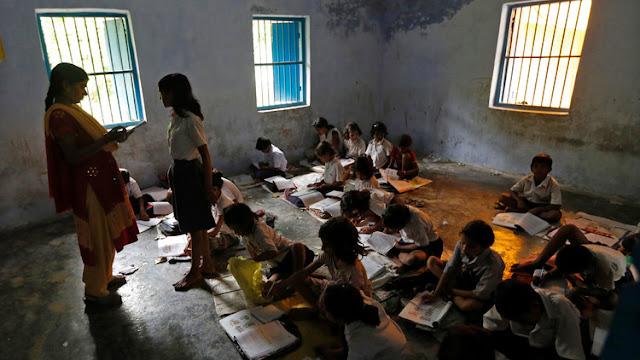 Una niña india se suicida tras ser humillada por su profesora en clase por tener la regla