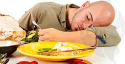4 Bahaya Langsung Tidur Setelah Makan