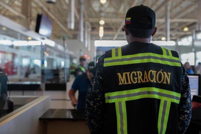 Lo dijo Padrino López: Estamos capacitando a la Policía Migratoria para que sepan lo que deben hacer