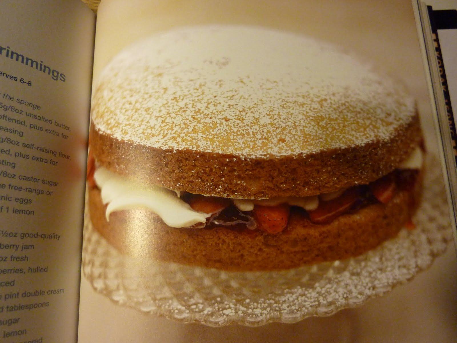 treasure memories: Jamie Olivers Classic Victoria Sponge