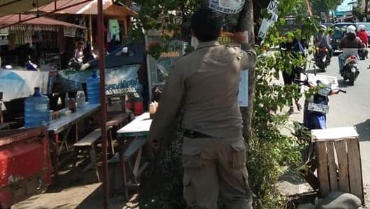 Ratusan APK Caleg Ditertibkan Satpol PP Kota Padang
