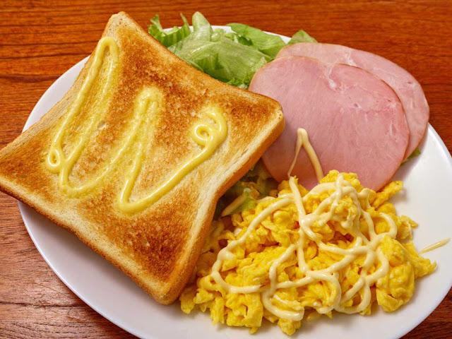 - желток сырой -1 шт.; - горчица - 1\2 ч .л; - сахар - 1\2 ч. л; - соль -1\2 ч.л; - растительное масло - 200 г; - уксус - 1 ст .л;