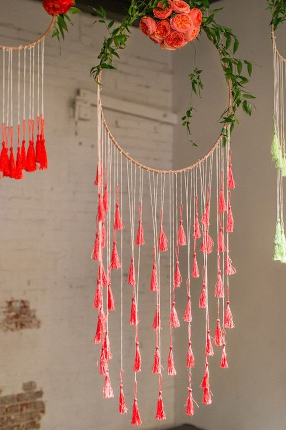 Diy hula hoop crafts that you are going to love do it for Hula hoop decorations