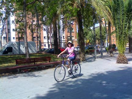 Alummen Criculan pel als carris bici de barcelona