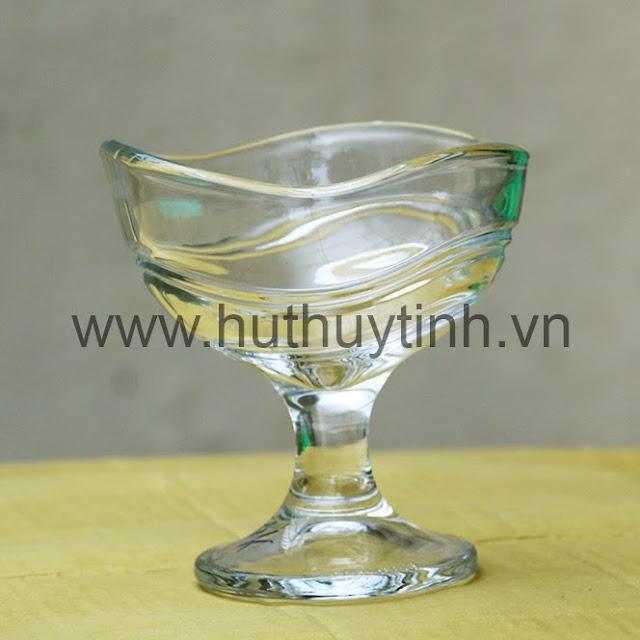 Ban ly coc thuy tinh Ha Noi