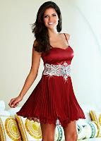 Rochie cu paiete cu un model în tendințe