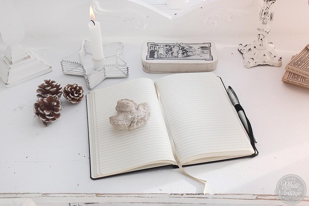 notizbuch mit gravur ein pers nliches und individuelles weihnachtsgeschenk white vintage. Black Bedroom Furniture Sets. Home Design Ideas