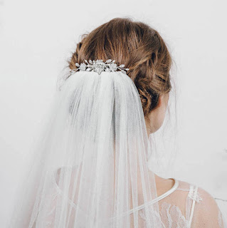 swarovski crystal and pearl bridal comb for veil