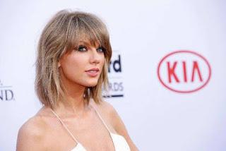 Singer Taylor Swift is highest-earning celebrity under 30
