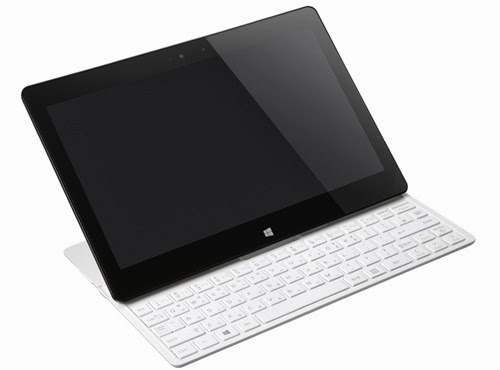 LG Tab-Book 2 - Tablet Sekaligus Notebook dengan Keyboard QWERTY Slide dan Sistem Operasi Windows 8.1