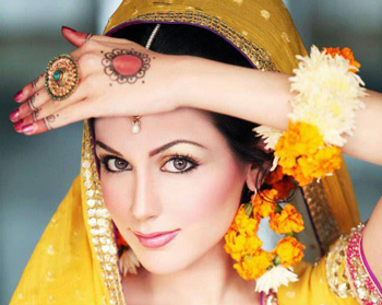 I Bridal Mehndi Jewellery : The town bird bridal jewelry trends on mehndi day