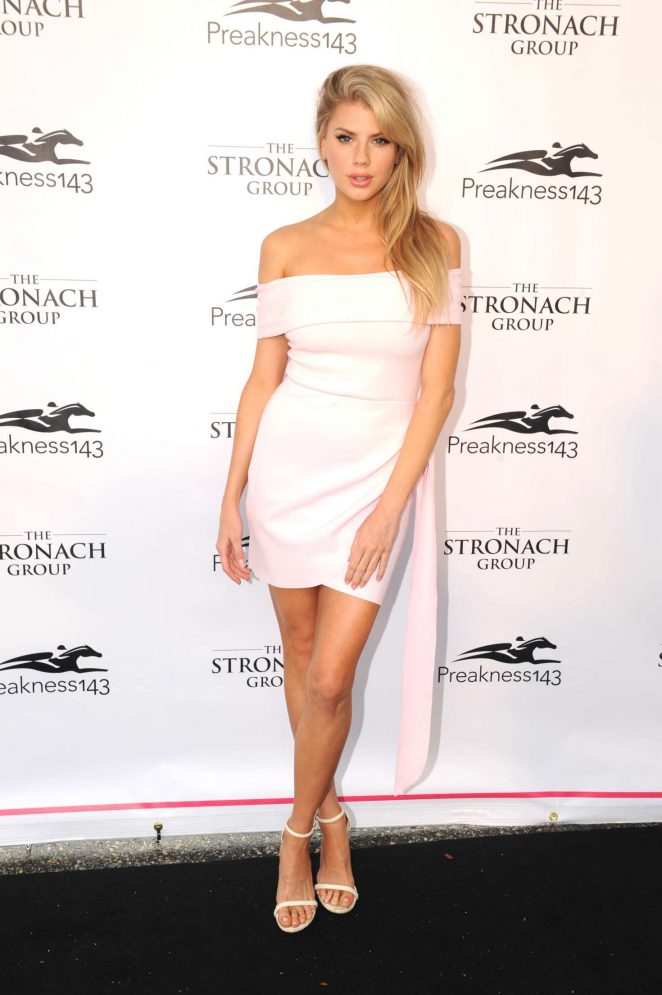 Charlotte Mckinney Hot Photo Gallery