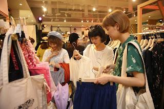東京直送最強日系服飾選品店  earth music & ecology select store 正式進駐微風信義百貨